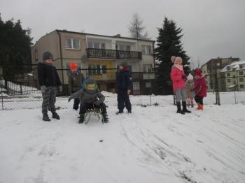 2018.01.16_krolewna_sniezka_zabawy_na_sniegu_002