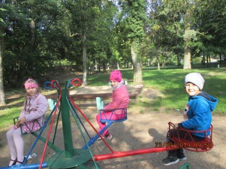 23.09.2019 Zabawy w parku na placu zabaw