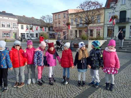 2019.11.08 Wspólne śpiewanie Hymnu na Pl. Wolności z okazji Dnia Niepodległo