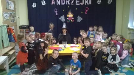 29.11.2019 r.- CZARY - MARY, WOSKU LANIE CO MA STAĆ, NIECH SIĘ STANIE - WRÓŻ