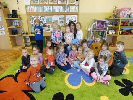 Cała Polska czyta dzieciom - mama Nadii czyta dzieciom Kota w butach 06.03.2020