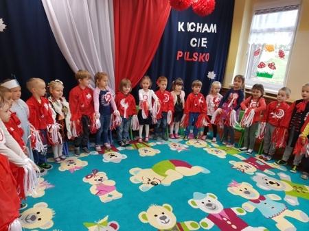 9.11.2018 Przedstawienie z okazji 100-lecia odzyskania niepodległości