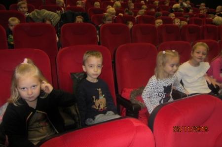 2018.11.23- Wyjście do kina na spektakl teatralny ,,Brzechwolandia''